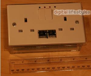 En-Compass: Powerline In A Power Socket