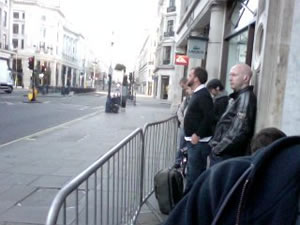 Live blogging iPhone 3GS UK Launch