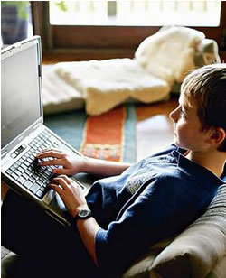 Children Risk Becoming Social Outcasts With Internet Access: Report
