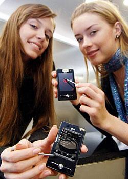 LG KS20 HSDPA Touchscreen Smartphone Gets European Launch
