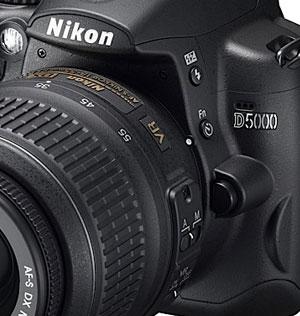 Nikon D5000 DSLR Packs Swivel Screen And HD Movie Recording