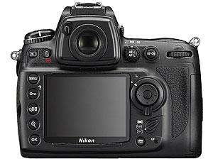 Nikon Debuts Full Frame D700