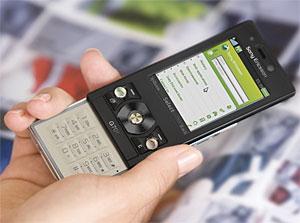 Sony Ericsson G705 Smartphone Announced
